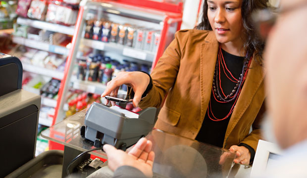 7-eleven convenience stores now accept apple and google mobile payment options